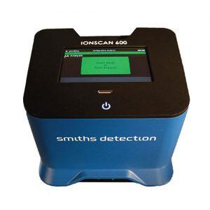 Ionscan 600 robbanóanyag-nyom detektor